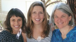 3-beautiful-midwives-1